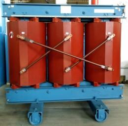 1000 kVA, 10/0,4 kV +-2 x 2,5 %, Gießharz